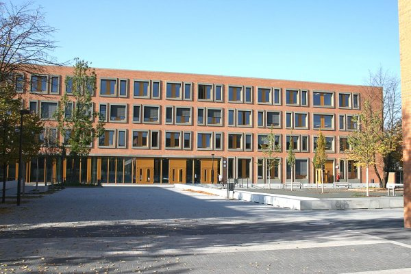 Serabag-Oberstufenzentrum-Holztechnik-II